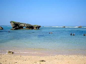 真栄田岬ビーチ