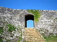 中部の座喜味城跡