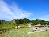 中部の勝連城趾の写真