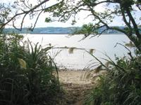 中部の藪地島/ジャネー洞/藪地洞穴遺跡 - ジャネー洞の先で海に出ることができます