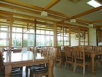 久米奥武島のレストハウス畳石 - 店内は広いです