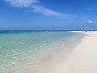 はての浜のナカノ浜遊泳ゾーン - 深さはあるがキレイさは南側の方が上