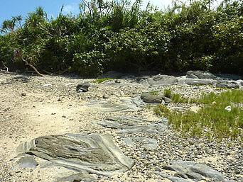 久米奥武島のミニ畳石
