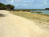 オーハ島のイチュンザ岩/イチュンザ島の写真