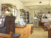 波照間島のあやふふぁみ/島のもの食堂 - 店内はパナヌファ時代と変わらない