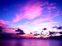 波照間島のニシ浜の夕焼け - ほんの数分の間のでき事です