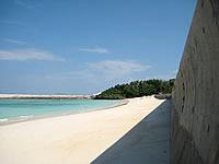 ニシ浜防波堤下