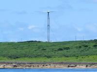 波照間島の可倒式風力発電 - 海(船)から見た方がよく見える