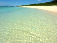 波照間島のペー浜の海の色 - 透明度も高いしとにかく穏やか