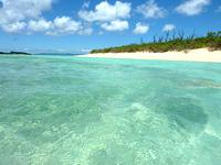 波照間島のペー浜の海の色 - 飲めそうな海の色