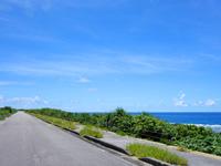日本最南端の道路と海岸線