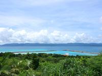 鳩間島の鳩間島灯台の写真
