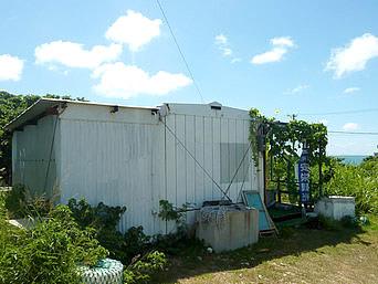 鳩間島の浦崎商店/島のマチヤー小(閉店)「便利な商店でしたが残念ながら閉店」