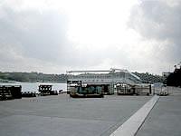 北部の旧運天港旅客ターミナル(伊是名島行き)の写真
