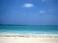 北部のウッパマビーチ - いろいろな意味で穴場のビーチ