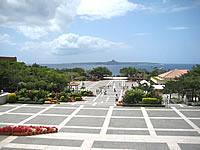 北部の海洋博公園 中央ゲート/噴水広場