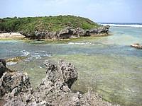 北部の備瀬崎/備瀬埼 - 離れ小島との海峡は流れが速い