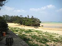 北部の新里ビーチ/具志堅エリアのビーチ - まさに「天然」のビーチです