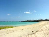 北部の長浜ビーチ - 西側からビーチを一望