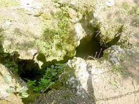 伊江島のゴヘズ洞穴 - ここがその穴