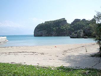 浜比嘉島の兼久のビーチ