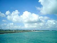 海中道路の海の駅 あやはし館 - 遠浅の海がキレイです