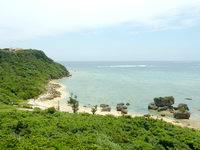 宮城島の島の道絶景ポイント - ぬちまーす工場も見えます
