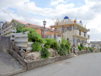 池間島のカフェ タソス - 隣の宿ともマッチしている建物かも?
