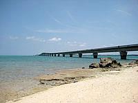 池間島のウハマ - 池間大橋が一望です