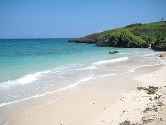 池間島のイキヅー(池間島西端のビーチ)「ニーラ前のビーチより行きやすいしキレイかも?」