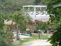 池間島のOHAMAテラス - 奥まった場所に店舗があります