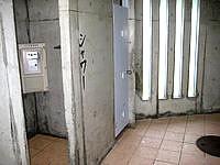 伊良部島の渡口の浜 西 - 宮古島が管理するコインシャワー施設あり