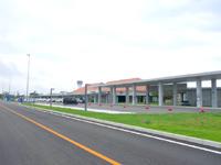 下地島のみやこ下地島空港へのアクセス/バス/レンタカー - ホテルなどの送迎も冷遇
