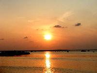 伊良部島の佐和田の浜の夕日