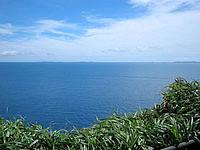 伊良部島のサバ沖展望台 - 海の色が濃い!