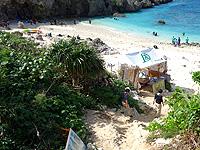 下地島の中の島/中ノ島/カヤッファビーチ - 大橋開通後違法営業テントが多い