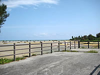 伊良部島の佐和田の浜 展望台