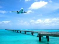 下地島の下地島空港17エンドベストショット - 南風の時限定ですがこの光景がまた望めます