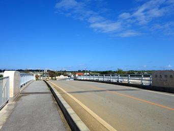 伊良部島の乗瀬橋/伊良部橋(再架橋)「伊良部橋はあって普通に使えるのに・・・」