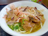 伊良部島の魚市場いちわ - 佐良浜そばはいいけど量が少ない