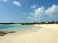 下地島の渡口の浜下地島側の写真