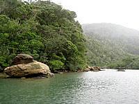 西表島の浦内川軍艦岩 - この景色が見えればもうすぐ到着