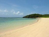 西表島のみみきりの浜/宇那利崎のビーチ - 砂も結構キレイでこのあたりでは一番かも