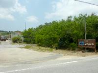 西表島の巴里のごはんや - 建物は道からかなり奥にあります