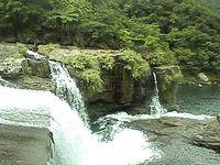 西表島の「マリユドゥの滝」