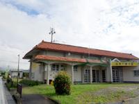 西表島の古民家カフェ 古見村 - 公民館の裏手にお店があります