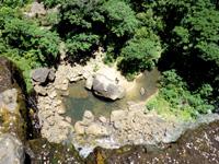 西表島のピナイサーラの滝上からの景色 - 滝上から滝下を望むとこーなる!