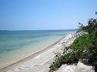 西表島のヒナイビーチ - 護岸整備されているビーチ
