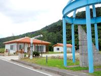 西表島の子午線ふれあい館/カフェ/バー/東経123度45分56789地点 - 新しい建物も2つできました