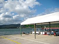 西表島の仲間川遊覧船船着き場